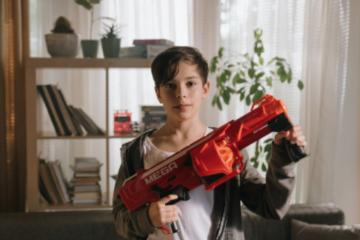 Magazin de arme cu aer comprimat și dispozitive pentru protecție